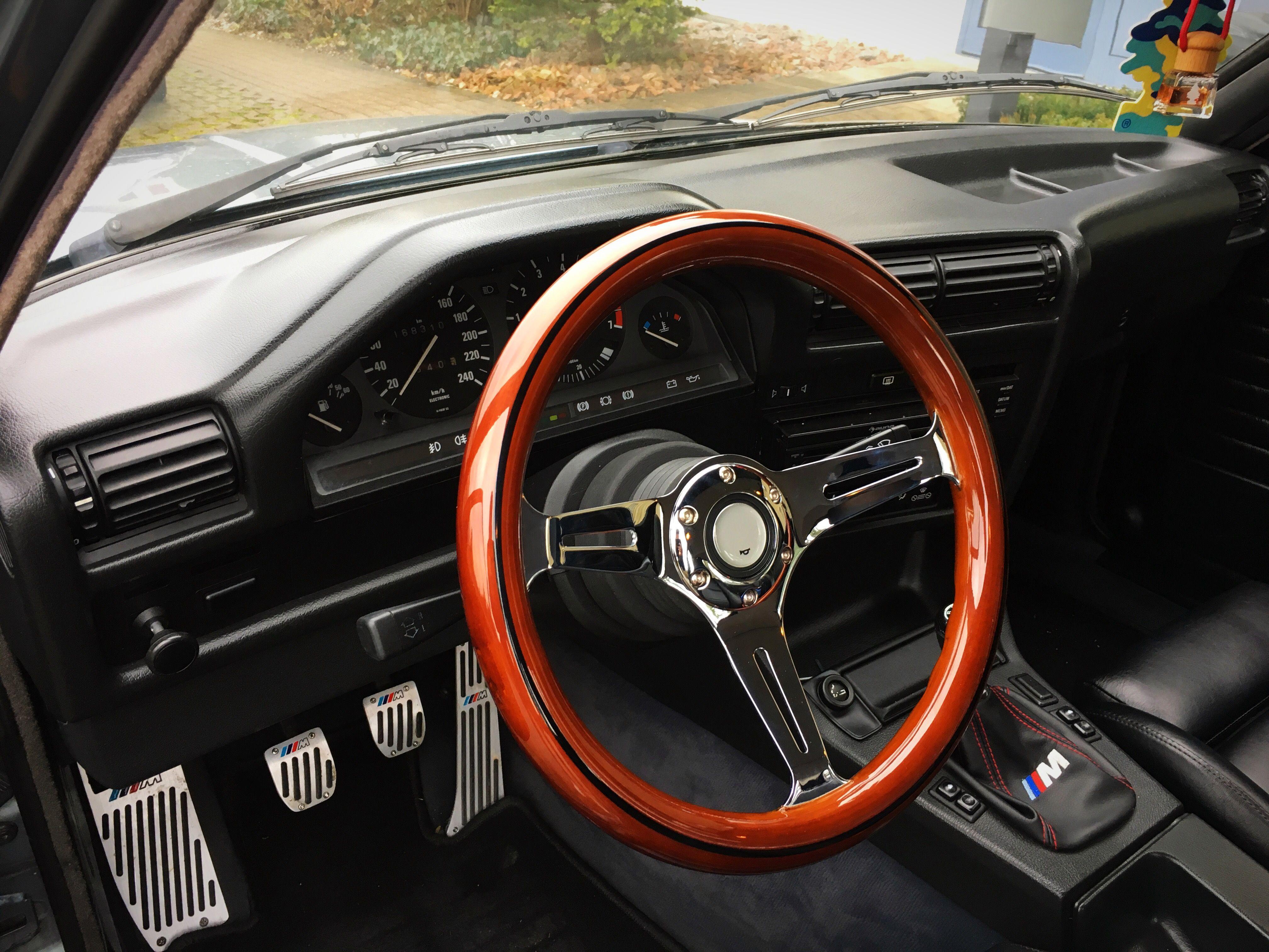 Bmw E30 Interior E30 Wood Steering Wheel Bmw E30 Interior Bmw E30 Bmw Interior