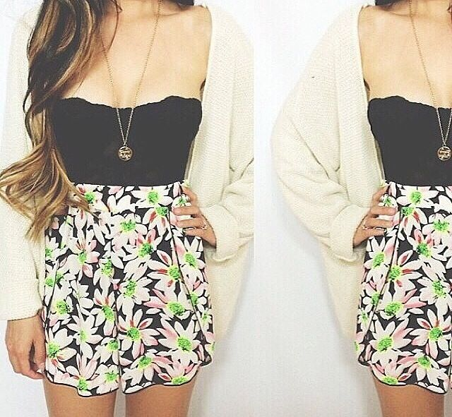 Florals<3  Want this skirt<3