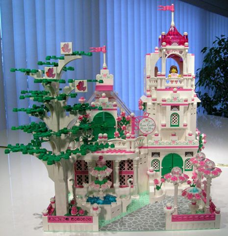 Castle Flower shop - pictures and directions - http://www.brickshelf ...