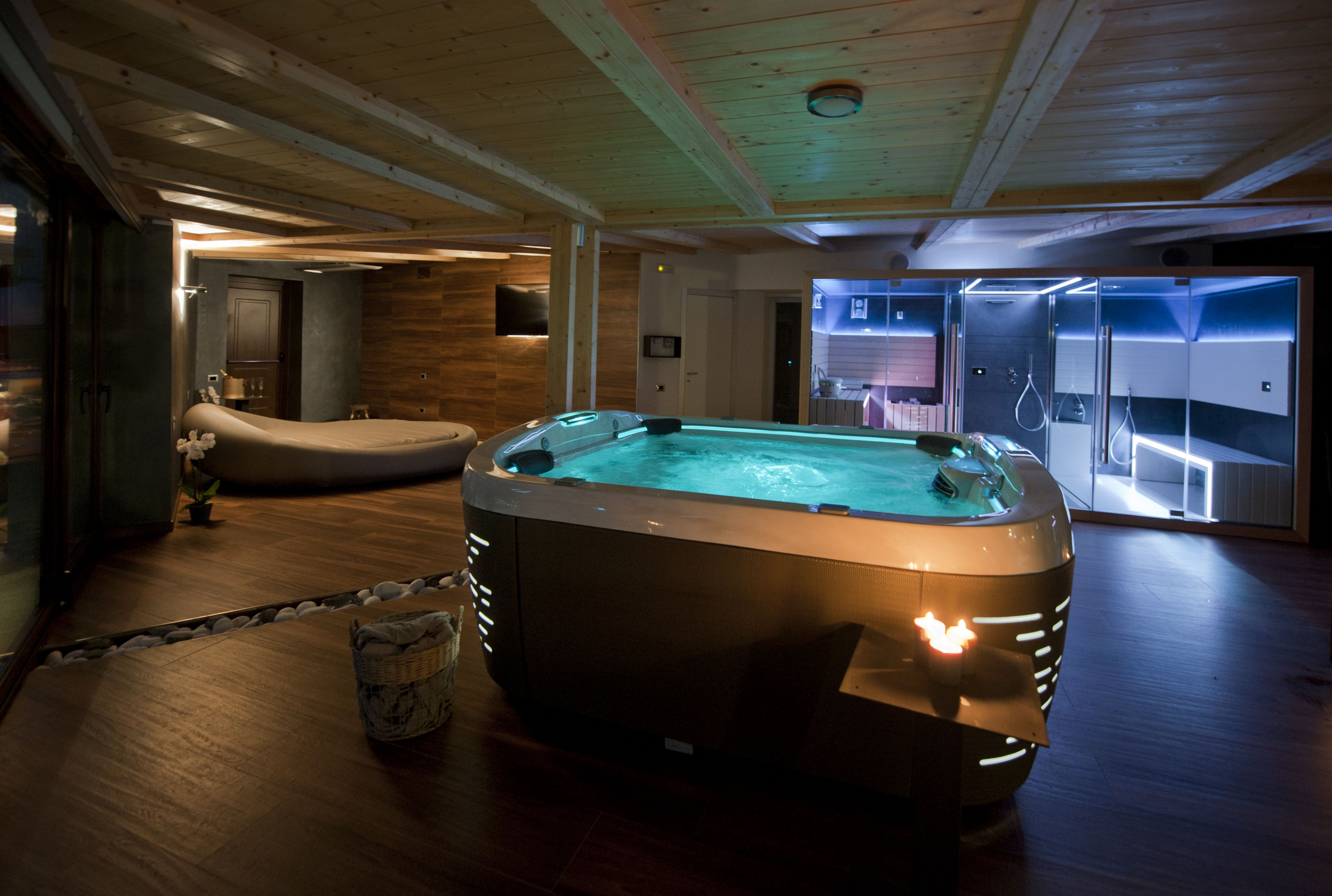 hotel boschetto spa privata jacuzzi j 500 spas. Black Bedroom Furniture Sets. Home Design Ideas