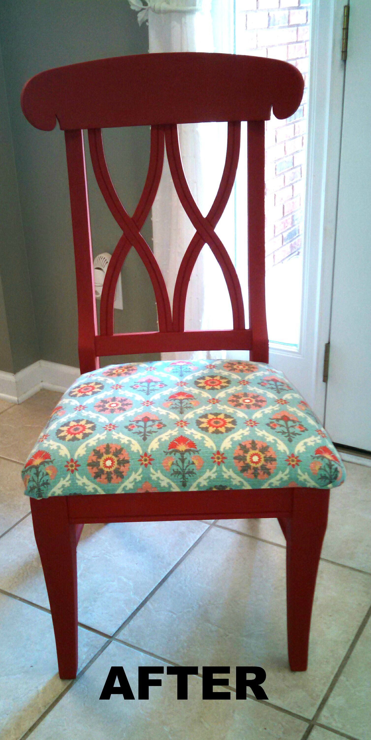 Upcycling my kitchen table and chairs....