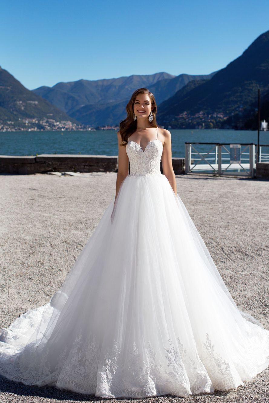 Lovely lush wedding gown karolina is made of classy gauze organza