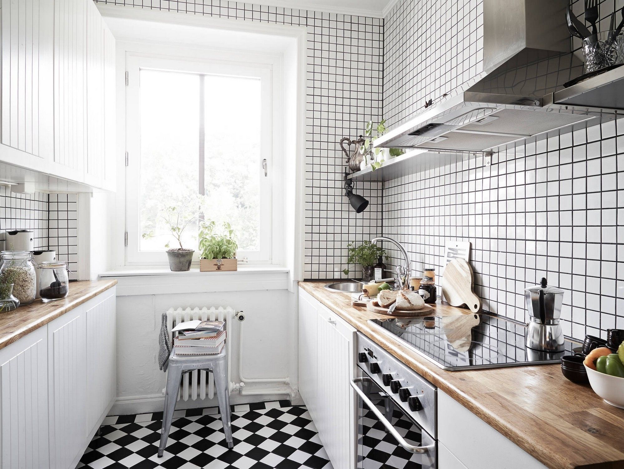 Black And White Tile Kitchen Euro Style Cabinets Classic Floor Tiles 32nd