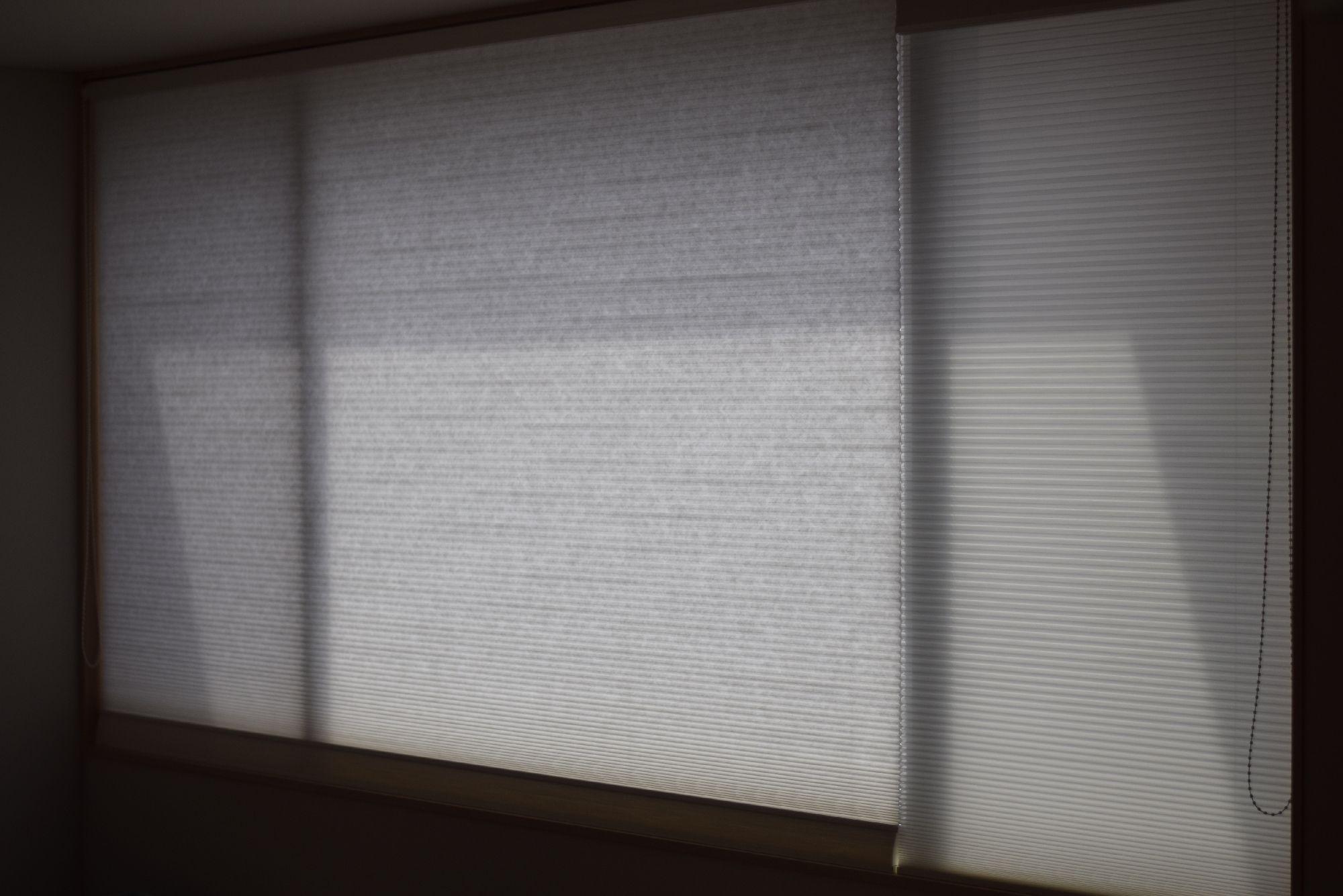 大きい窓にしました3410 1570mmの腰高窓と3470mm 2360mmの掃出窓