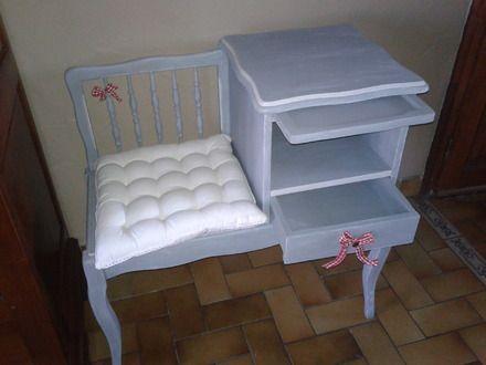 charmant petit meuble t l phone ou meuble d 39 entr e ancien en ch ne customis cosy avec un tiroir. Black Bedroom Furniture Sets. Home Design Ideas