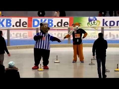 Herthinho (Hertha BSC) & Fuchsi (Füchse Berlin)