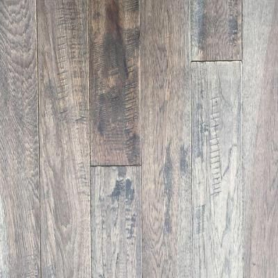 Blue Ridge Hardwood Flooring Hickory Heritage Grey Hand Sculpted 3 4 In Thick X 4 In Wide X Random Length Solid Hardwood Flooring 16 Sq Ft Case 20744 Th In 2020 Solid Hardwood