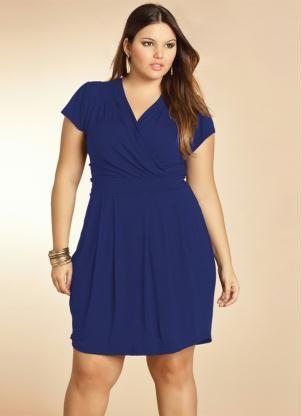dc3655f6244f Vestido Azul Marinho com Decote Transpassado - Posthaus   Vestidos ...