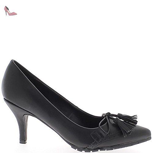 7153c869c3e4 Escarpins grande taille noirs pointus à petit talon de cm et décors pompons  - 45 - Chaussures chaussmoi ( Partner-Link)