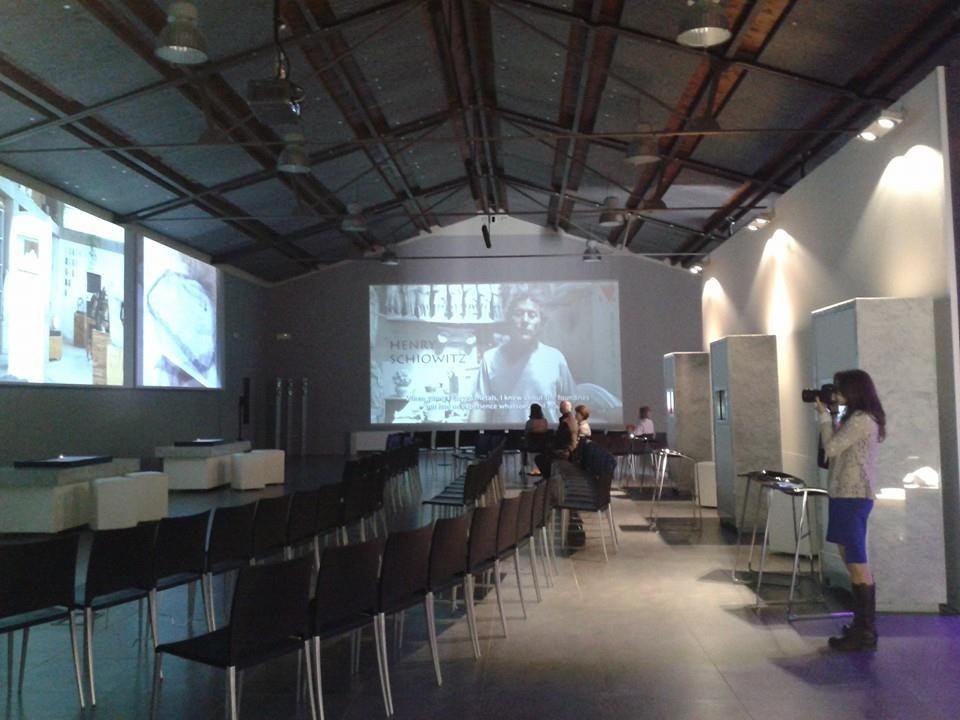 24 aprile 2014: inaugurazione; le video interviste sono presentate sui grandi schermi in dotazione al museo, in una ambientazione suggestiva caratterizzata da un'atmosfera particolare che stimola l'immaginazione degli ospiti http://www.musapietrasanta.it/content.php