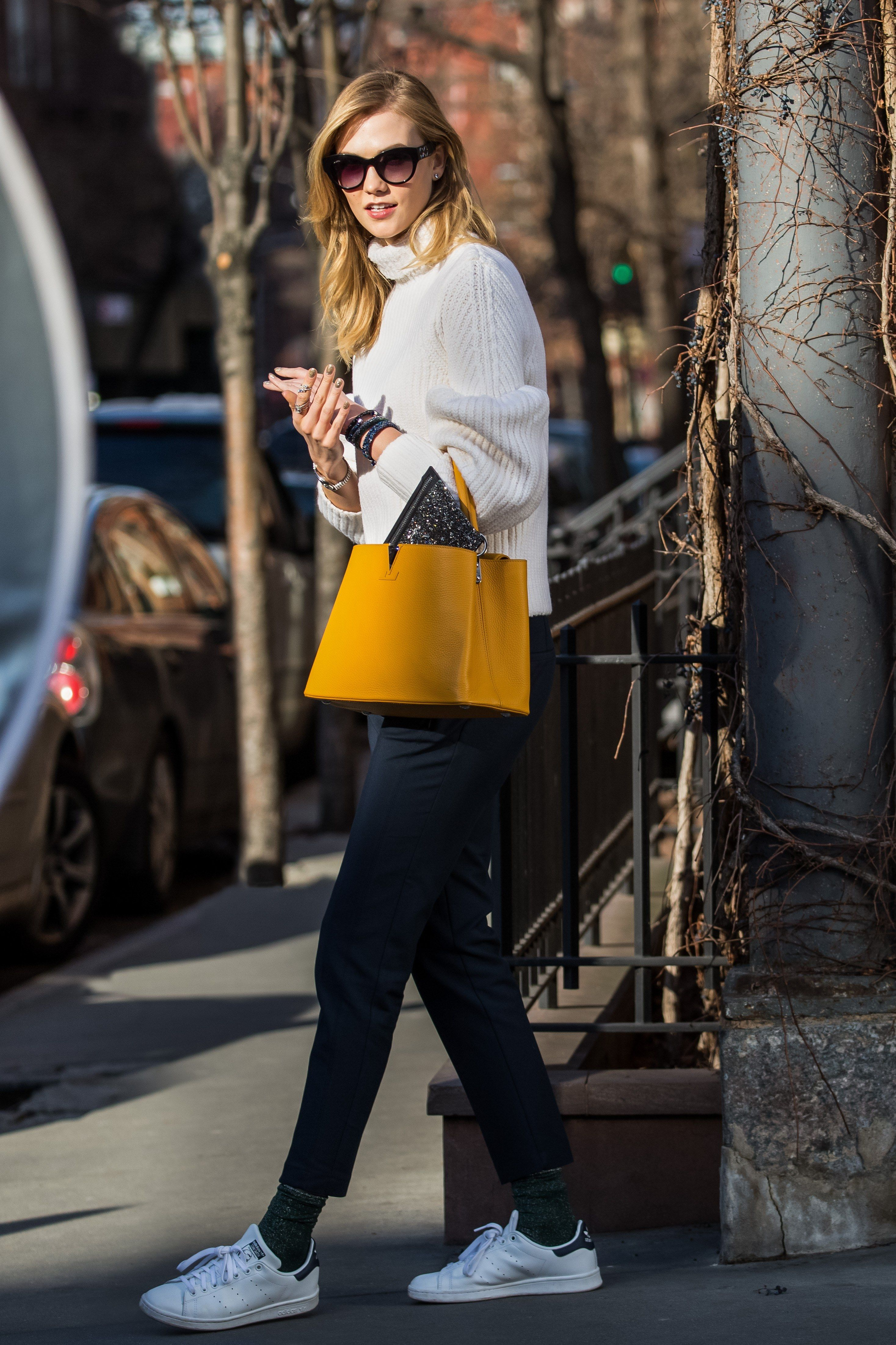 Watch Karlie kloss casual style steps out in a chilly nyc video