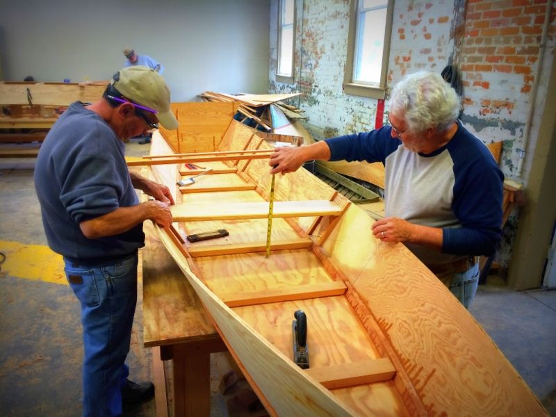 building a pirogue | Center for Traditional Louisiana Wooden Boat Building | Wooden boat ...