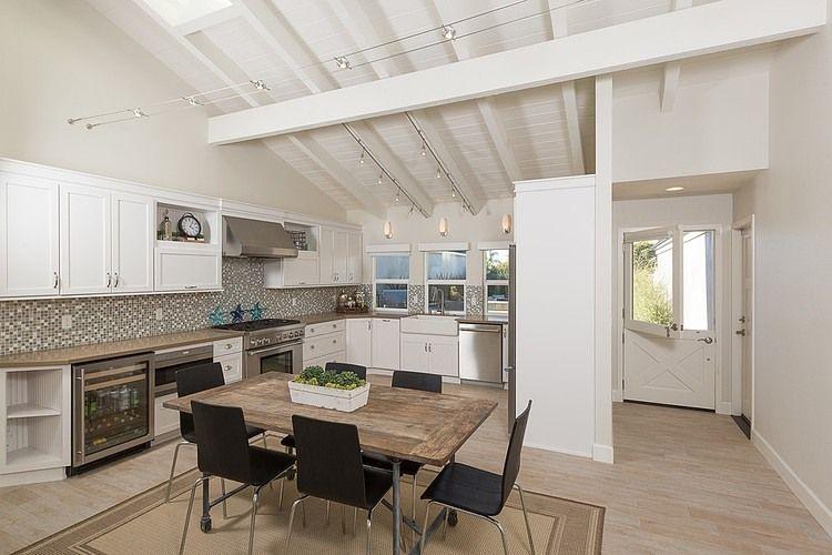 Techos de madera blanca, limpieza y claridad   #madera #deco #design ...