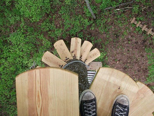 Tree House. Spiral Staircase.Beginning.html