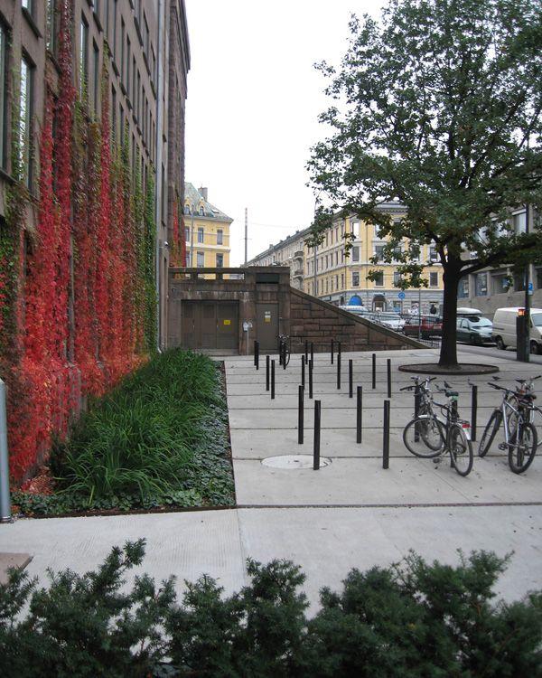 nasjonalbiblioteket_park_ostengen-bergo_oslo_01 « Landscape Architecture Works | Landezine