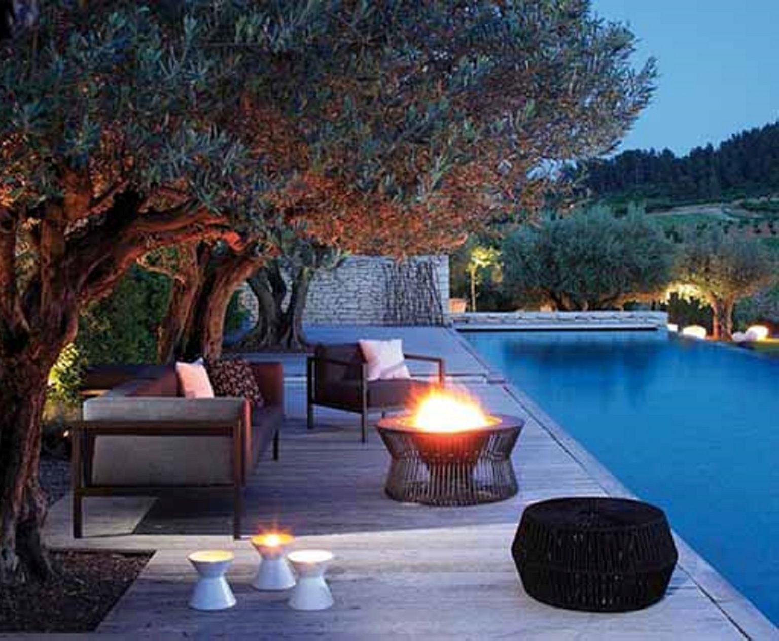 Romantic Pool And Patio Romance Set In Place Pinterest