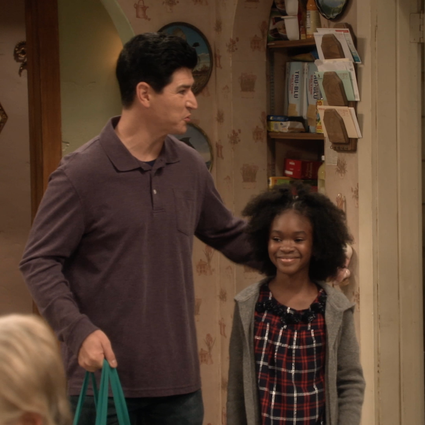 Look who's back! #TheConners premieres TOMORROW at 8 7c on