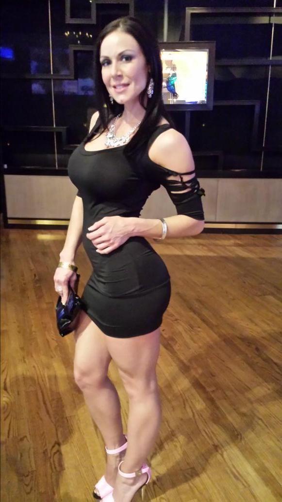 Wife in bikini pics