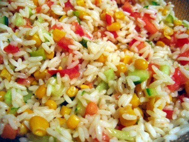 salade riz tomate concombre restau idees pinterest salade salade de riz et riz. Black Bedroom Furniture Sets. Home Design Ideas