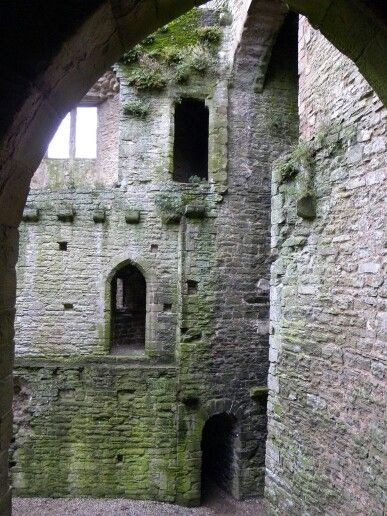 Ludlow Castle is a ruined medieval fortification in the town of the same name in the English county of Shropshire standing on a promontory overlooking the ... & Pin by Kim Henry on /_/ Castles u0026 Doors. /_/ | Pinterest | Castle doors