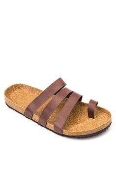Toe Ring Multi Strap Sandals from Frassino Collezione in brown_1