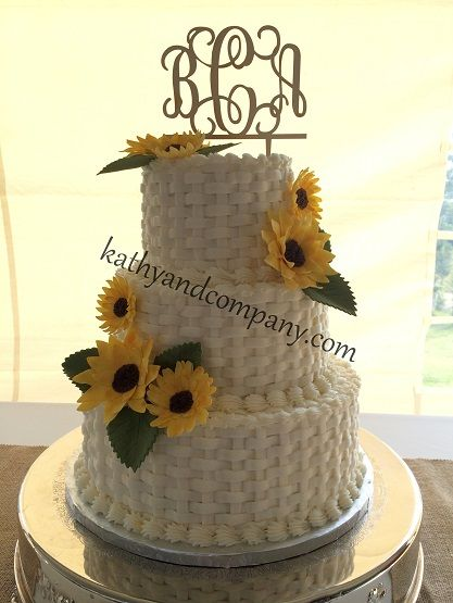 How To Basket Weave Buttercream : Buttercream basket weave wedding cake with sugar