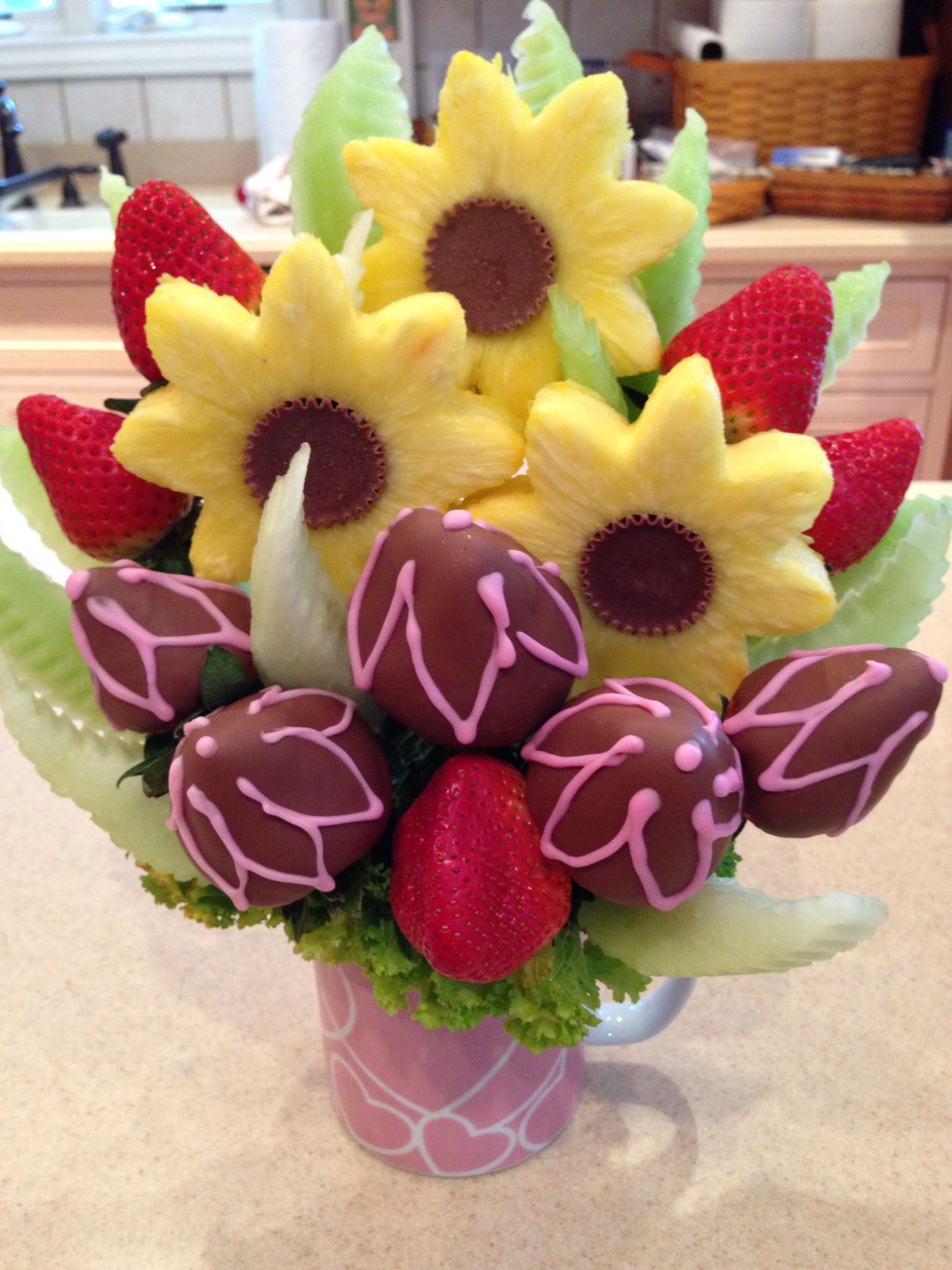 Pineapple Sunflowers Chocolate Dipped And Decorated Strawberries