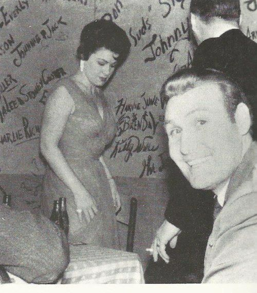 Billy Walker (foreground) & Patsy Cline @ Tootsie's Orchid