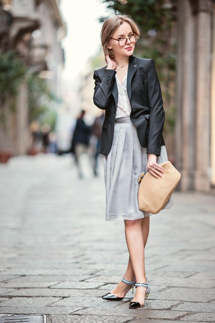 136118c367 How to Wear Kitten Heels | Skirts & Dresses | Kitten heels outfit ...