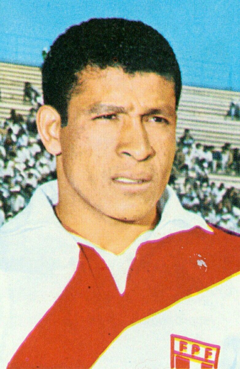 Hector Chumpitaz of Peru 1970 World Cup Finals card