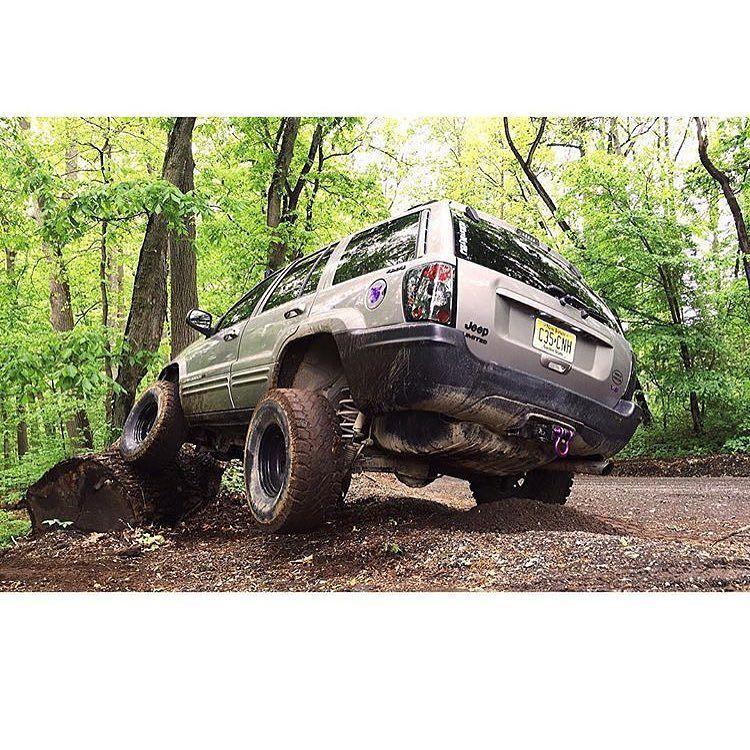 @loganryannn #grandteam #jeepwk #jeepwk2 #jeepwj #jeepzj
