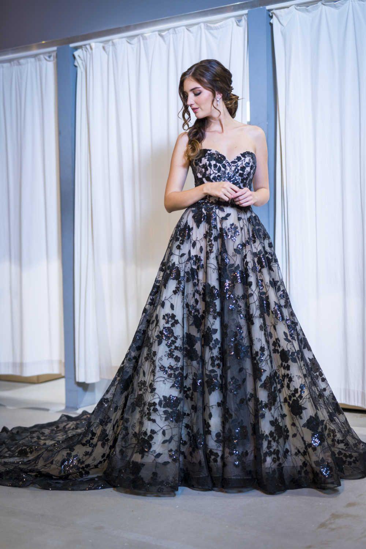 Abendkleid Mit Herzausschnitt Und Spitze Abendkleid Kleider Formelle Kleider