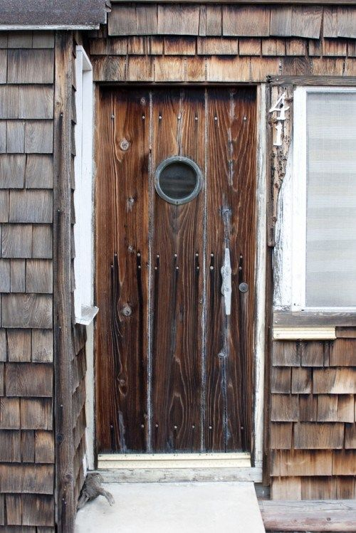 Haustüren holz rustikal  Bäuerliche Haustüren aus Echtholz im rustikalem Stil | Doors ...