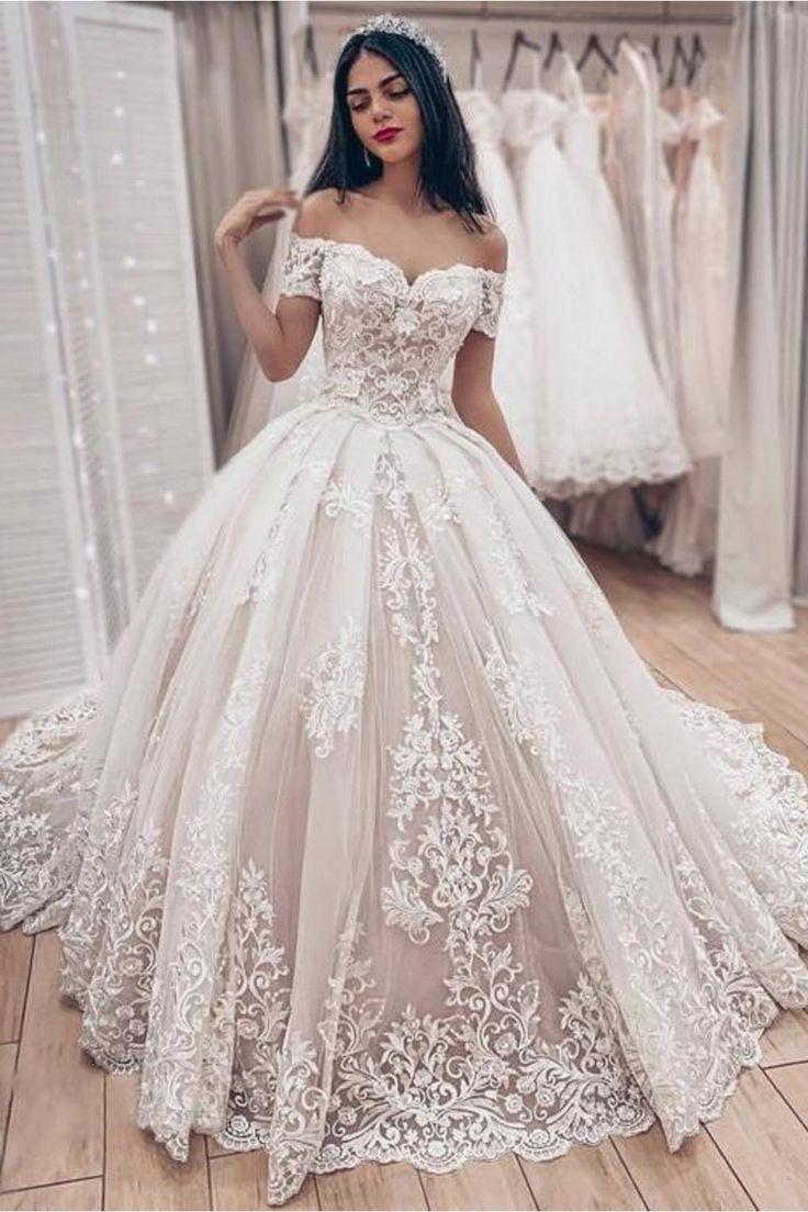 Ballkleid aus der Schulter Brautkleid mit Spitzenapplikationen