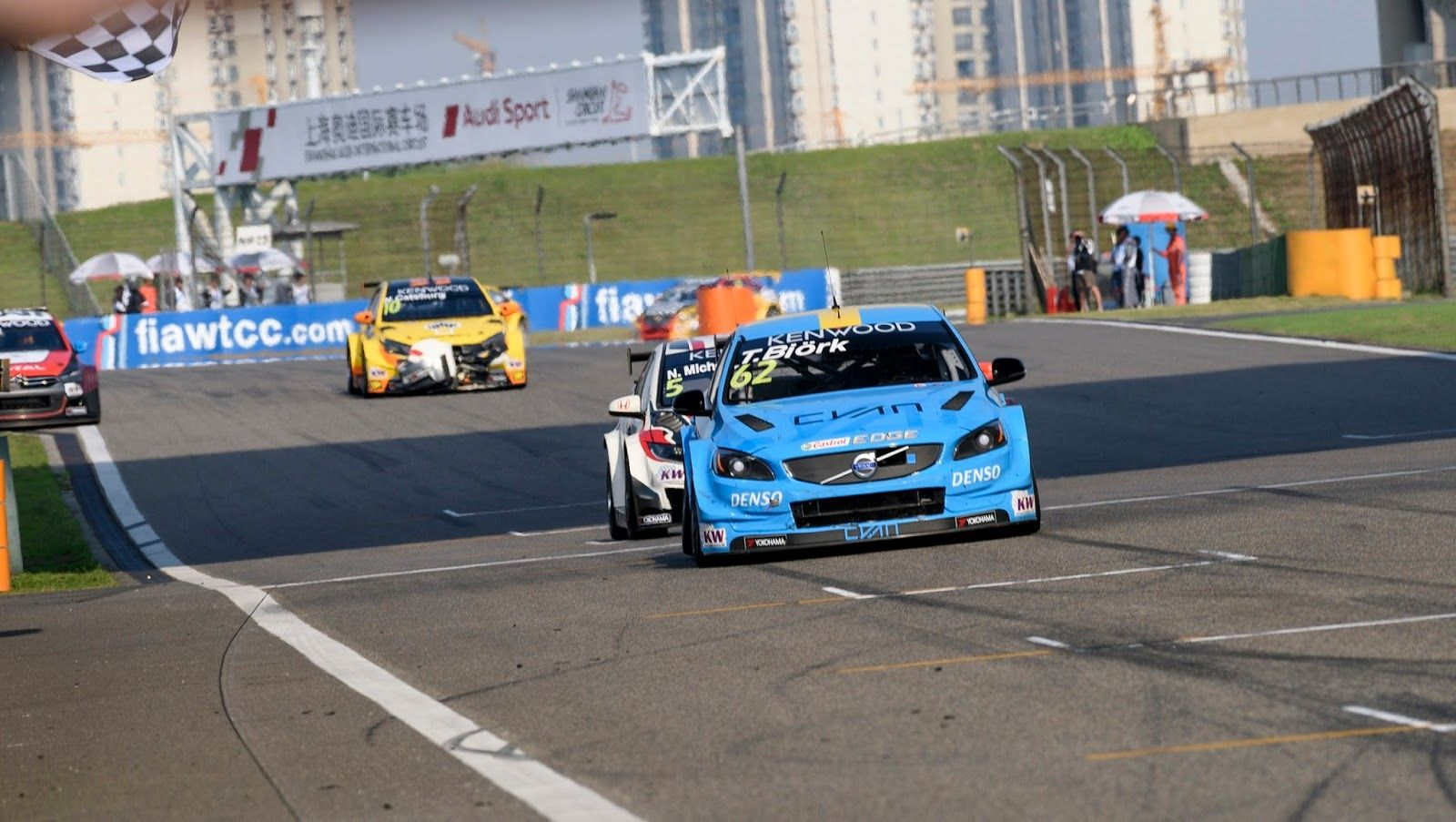 Πρώτη νίκη για τη Volvo και την Polestar Cyan Racing, στο
