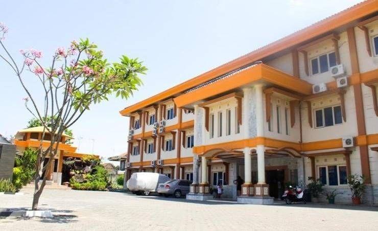 Harga Hotel Wiwi Perkasa II (Indramayu) House styles