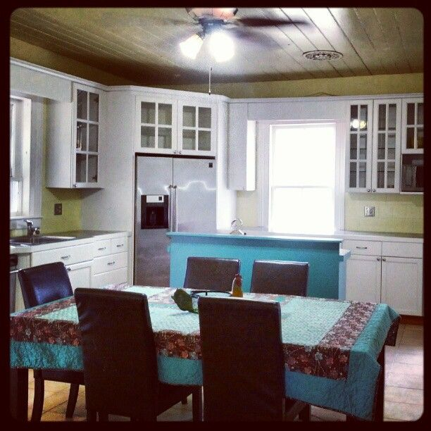 Society Hill Kitchen Cabinets: Yellow, White And Teal ( Society Hill Blue) OLD VILLAGE
