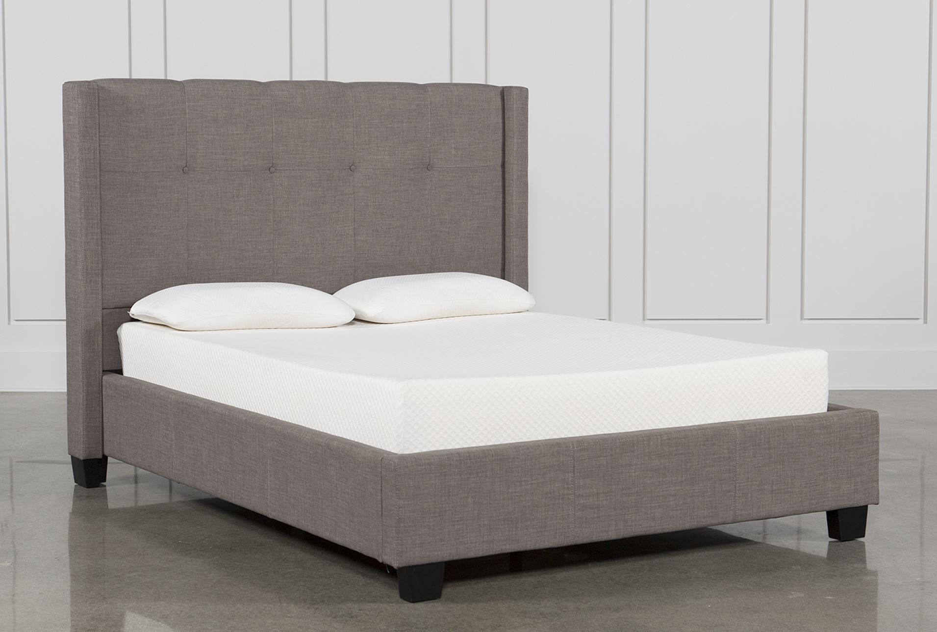 Damon II Queen Upholstered Platform Bed | Deco