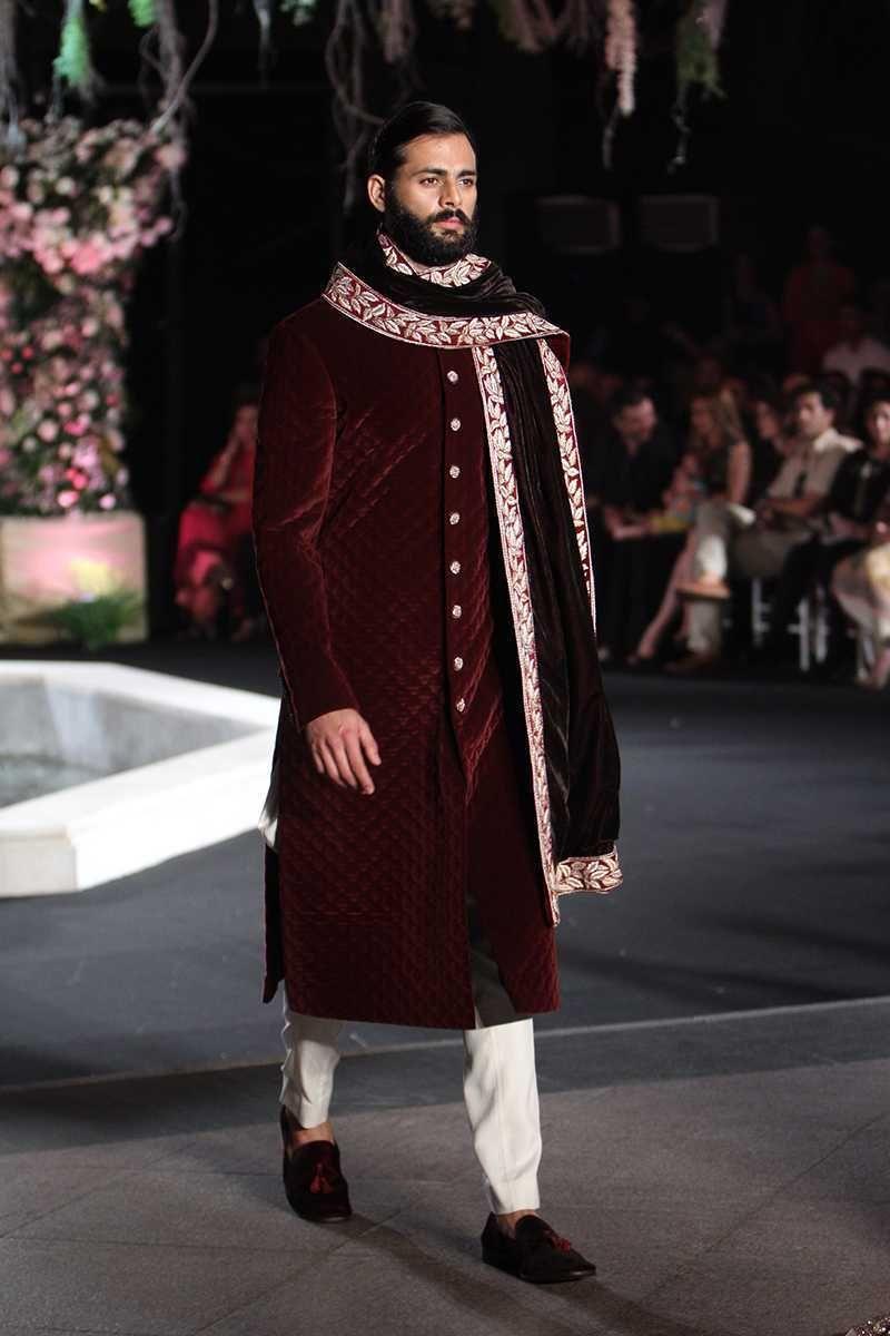 b242b999ee06 Manish Malhotra. LFW W F 16. Indian Couture.