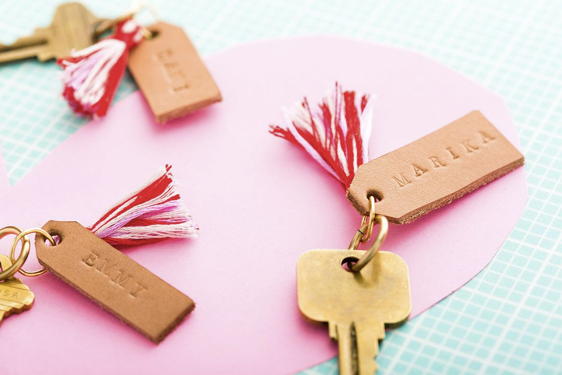 How to Make Leather Stamped Keychains in 5 Minutes | Leather stamps ...