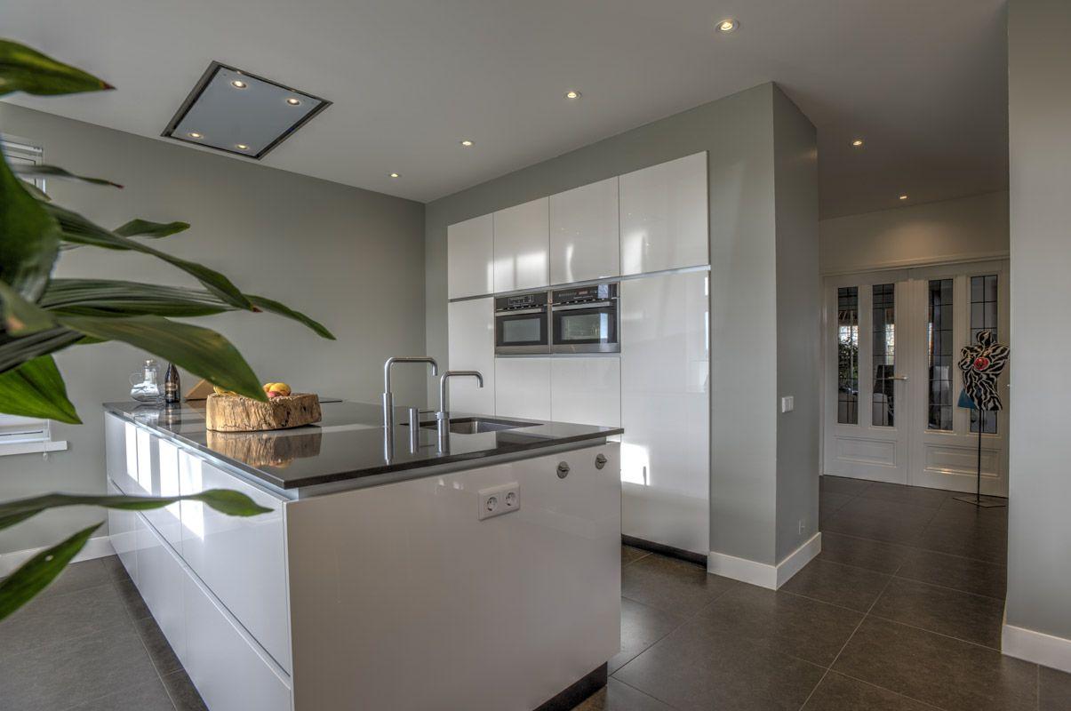 keuken met kastenwand en kookeiland - google zoeken | ideeen voor, Deco ideeën