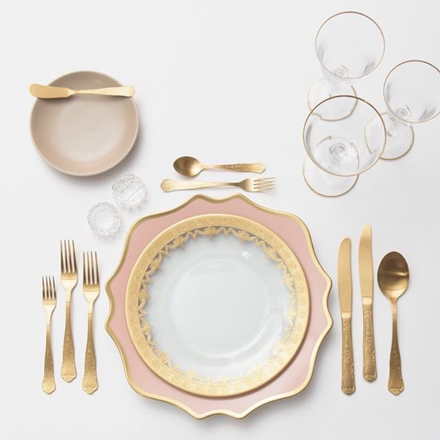 Anna Weatherley Chargers in Desert Rose + Gold Glass Dinnerware + Heath Ceramics in French Grey + Chateau Flatware + Gold Rimmed Stemware + Antique Crystal ...  sc 1 st  Pinterest & Our NEW Anna Weatherley Chargers in Desert Rose + 24k Gold Glass ...