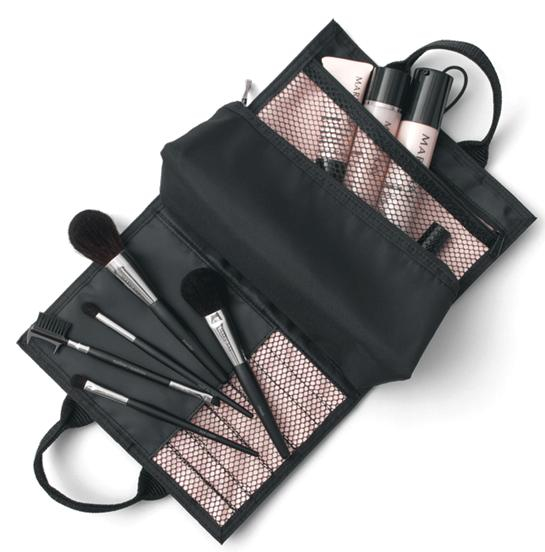 NEW! Mary Kay Brush Set. It's so convenient and stylish!