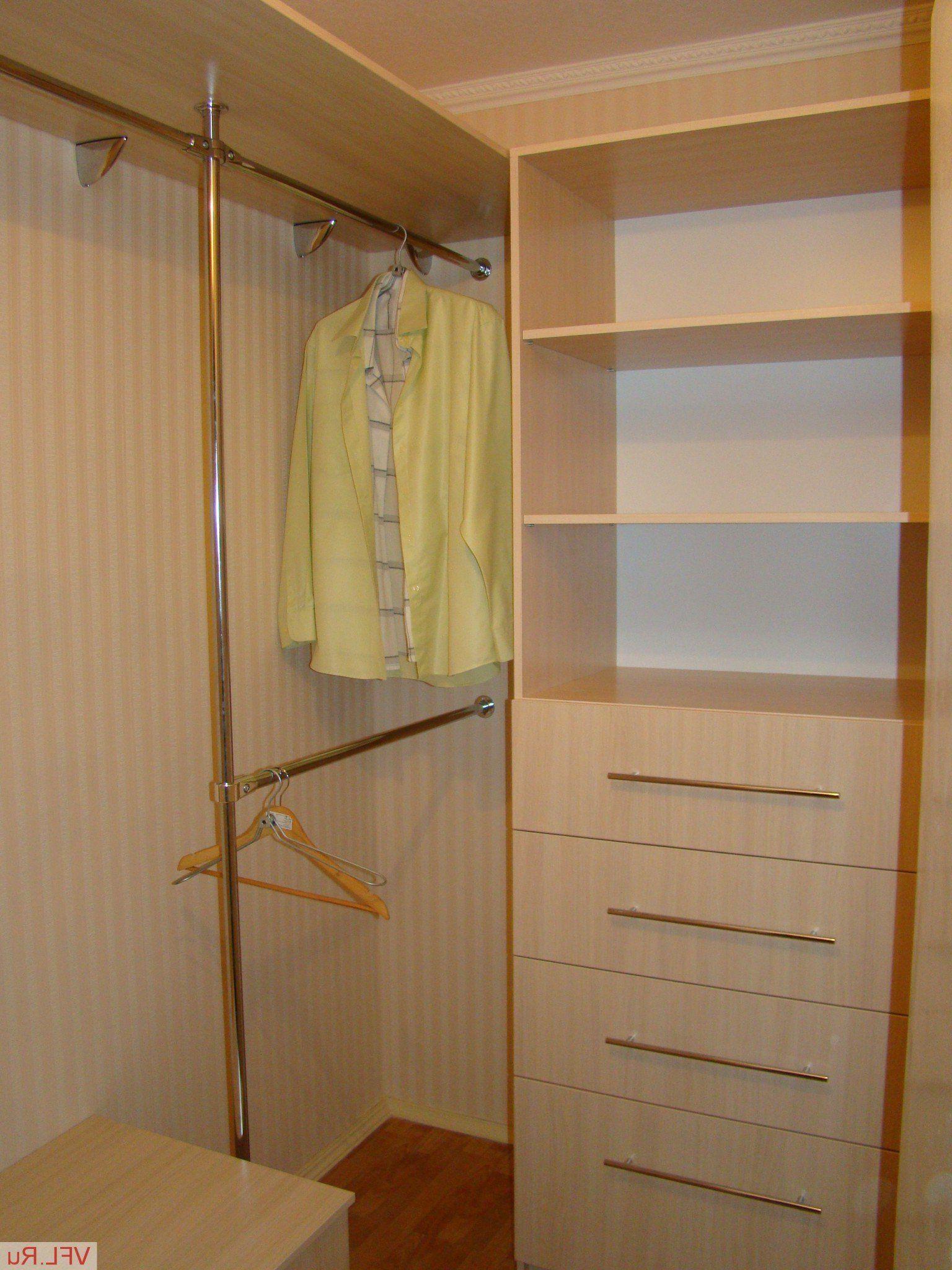 10 лучших идей гардеробных в маленькой спальне - с фото ...  Дизайн Спальни С Угловой Гардеробной