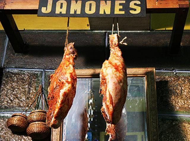 Jamón del norte, popular preparación con pierna de cerdo que se consume mucho en sánguches