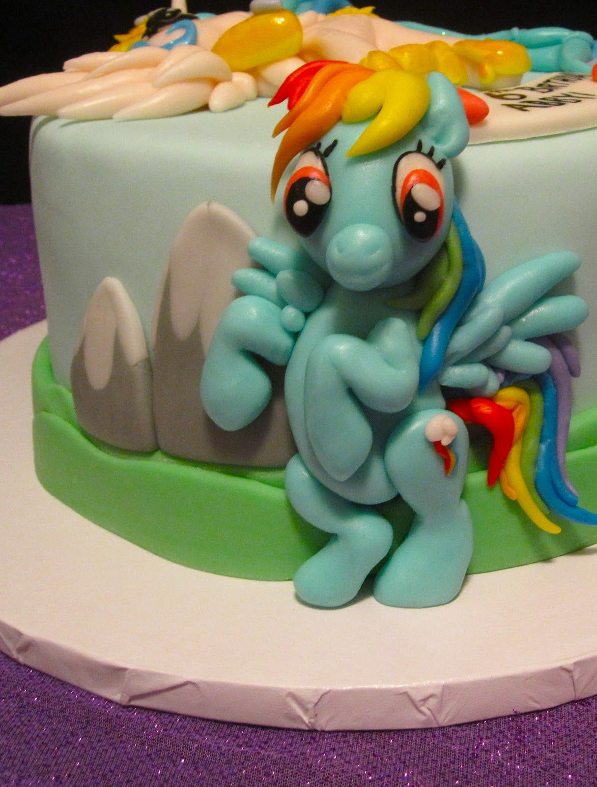 love your cakes blog my little pony cake cakepins
