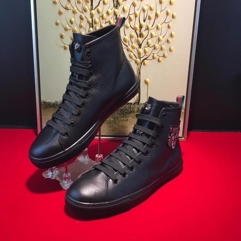 [GUCCI]Black tiger The latest high-end men's shoes Hongkong  counters.Mqueen. Water StainsBlack TigersLeather ...