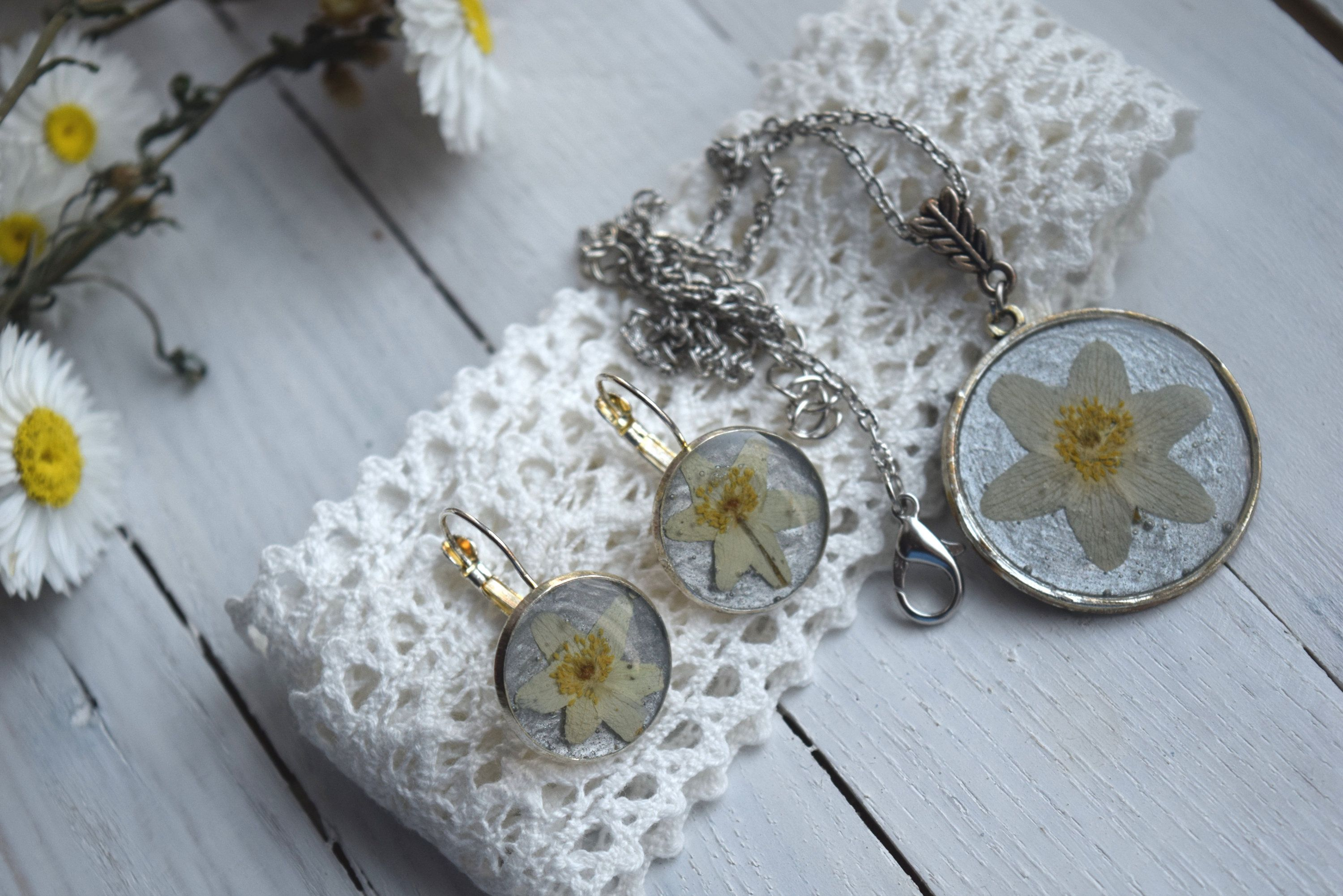 Set Of Real Flower Jewelry Dried Plant Pendant And Earrings Anemone Necklace Epoxy Resin Jewelry Real Flower Jewelry Christmas Gift Jewelry Flower Jewellery