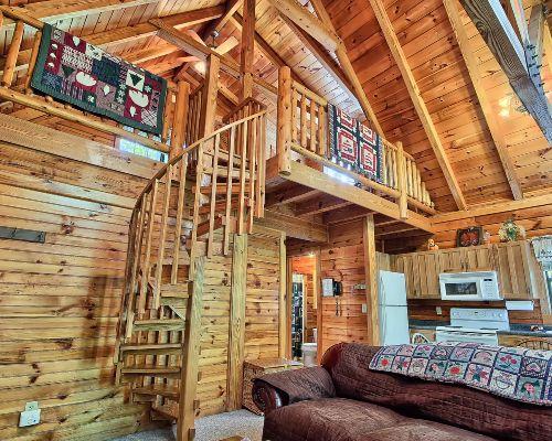 McKinley Cabin   Hocking Hills   Old Manu0027s Cave   Ohio