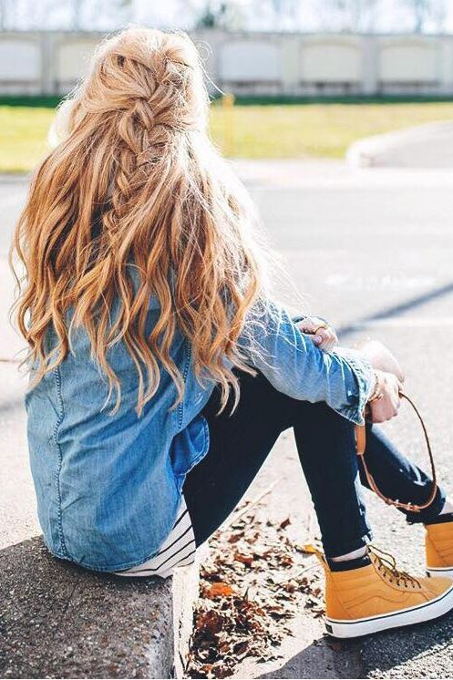 It 39 S A Rough Transition Going Back To School From Summer Break You 39 Ve Gotten To Sleep I Cute Hairstyles For Teens Messy Braided Hairstyles Hair Styles